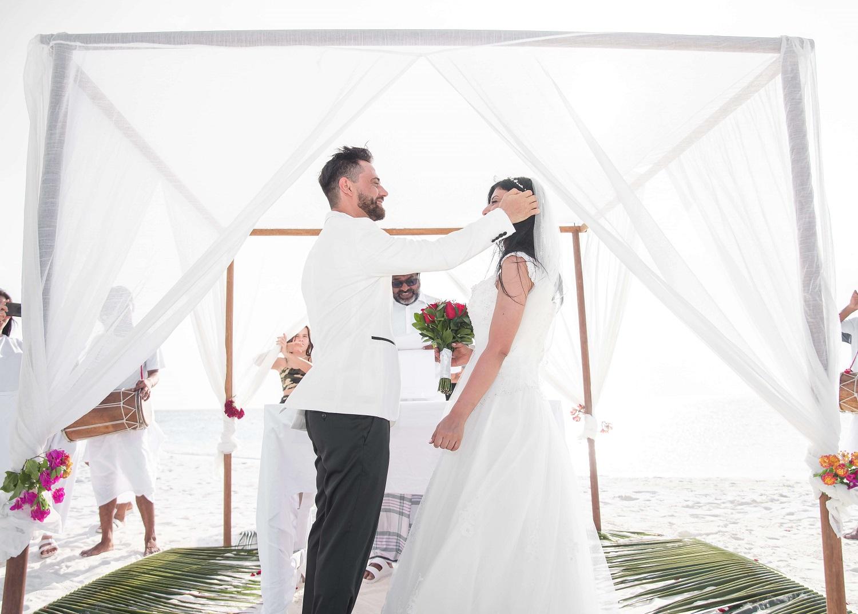 Czy warto skorzystać z namiotów na weselu